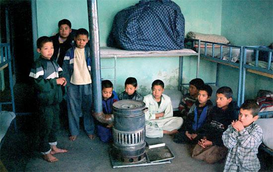 Citaten Uit The Kite Runner : De vergeten kinderen van kabul vice