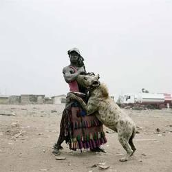 Hyenamen1